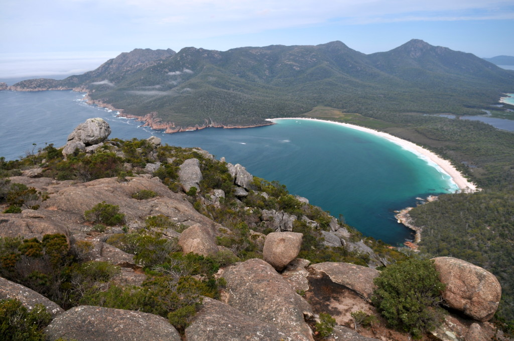 20100209_Wineglass_Bay_and_The_Hazards_from_Mt_Amos_peak